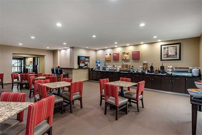Comfort Suites_Breakfast Room